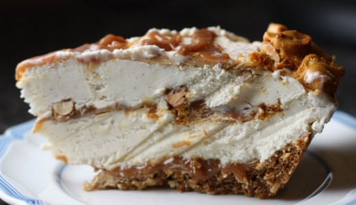 Peanut Brittle And Caramel Crunch Ice Cream Pie Recipe ...