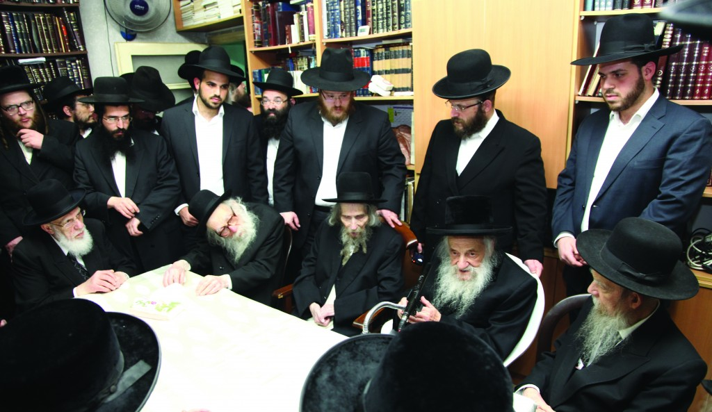 A meeting of the Vaad Hayeshivos of Eretz Yisrael regarding the draft threat looming over the bnei yeshivah in Eretz Yisrael took place at the home of Hagaon Harav Aharon Leib Steinman, shlita, on Tuesday. L-R: Hageonim, shlita, Harav Shalom Cohen; Harav Nissim Karelitz; Harav Steinman; Harav Shmuel Wosner; Harav Gershon Edelstein.