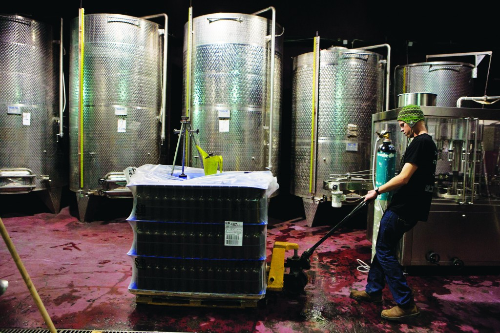 Food cops reverse denial of Israeli wine to Canadian buyers