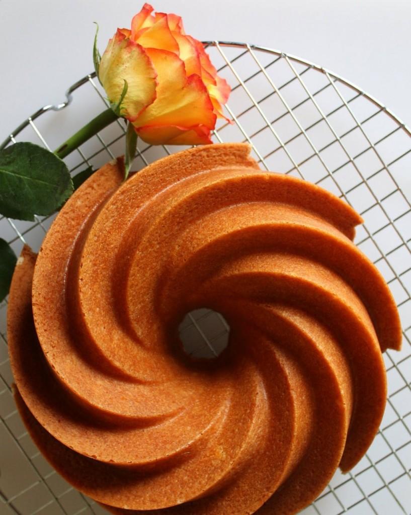 Rich Buttery Vanilla Cake Recipe