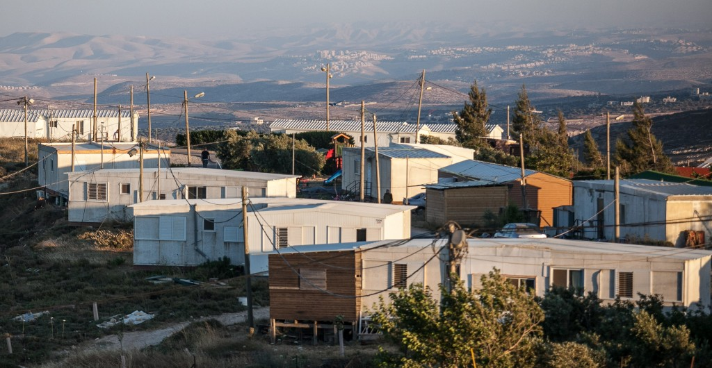 A view of the hilltop community of Amona. (Noam Moskowitz/FLASH90)