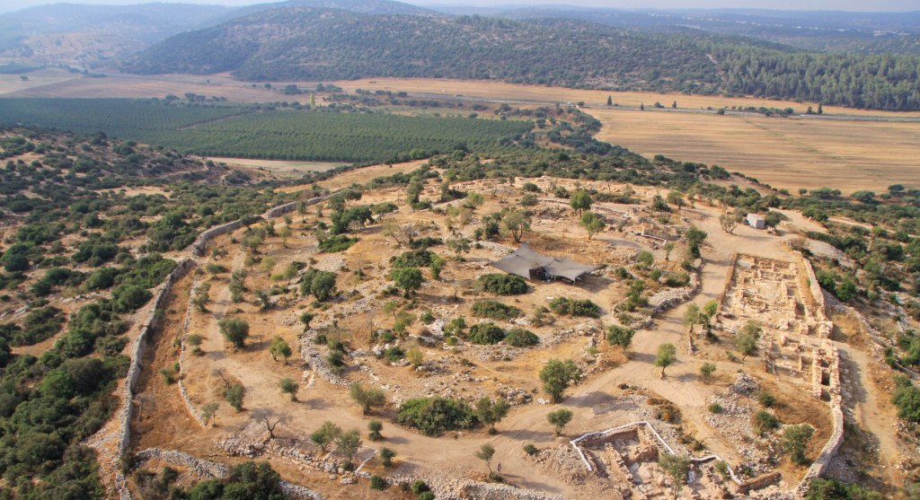Aerial view of the excavation site of the palace in Khirbet Qeiyafa, near Beit Shemesh. (Pascal Partouche / Skyview/ The Hebrew University / Israel Antiquities Authority / Flash90)
