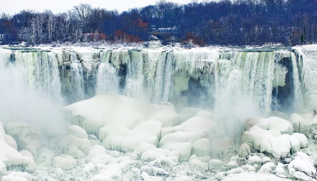 Niagara Falls Sparkles After Polar Freeze Jewish News Israel News Israel Politics