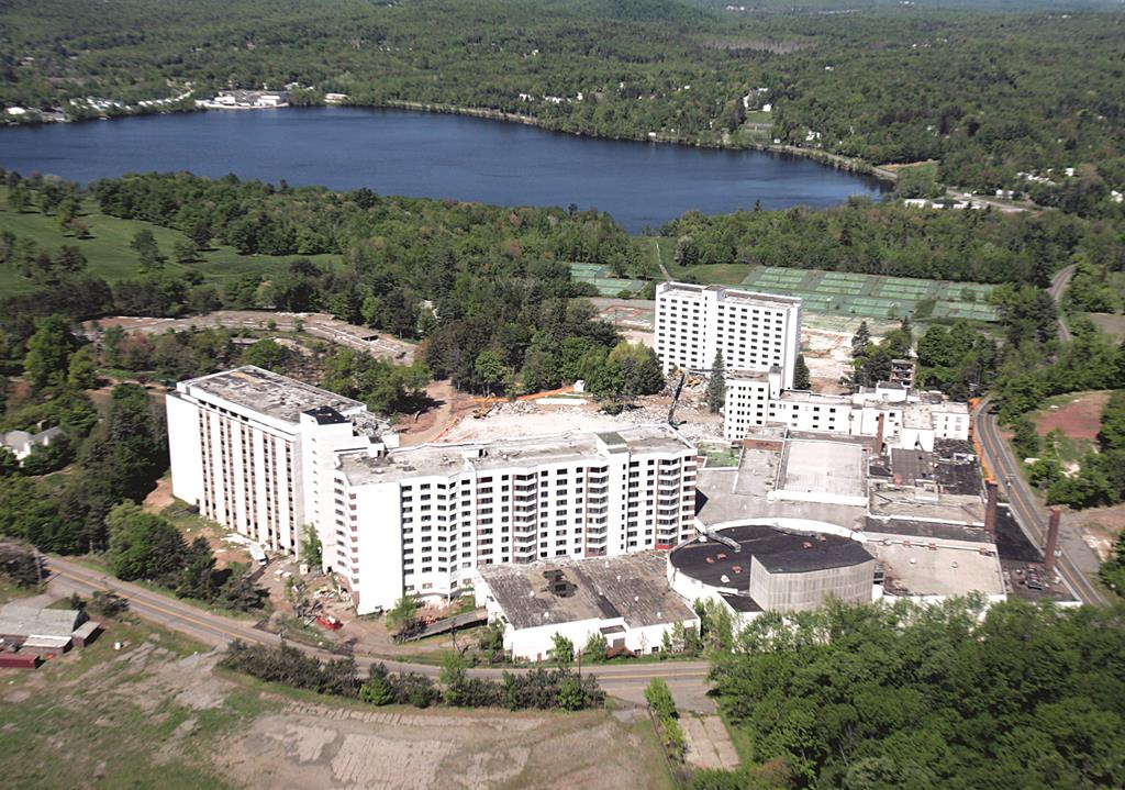 The Concord Hotel In Thompson Near Monticello N Y Where A Will Be