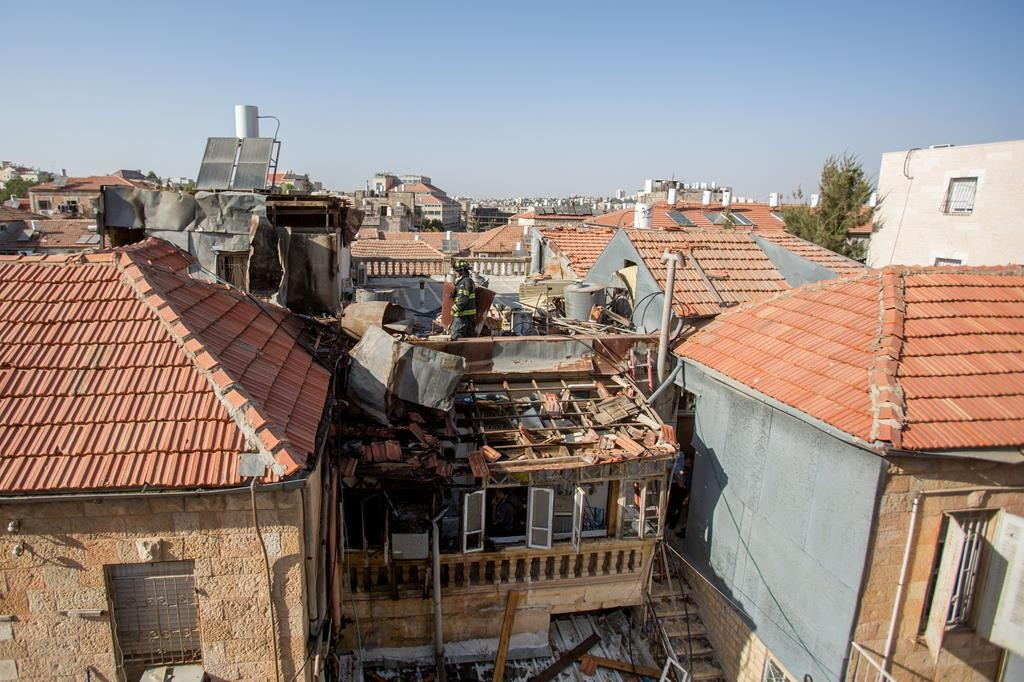 The scene of a gas explosion in Meah Shearim on Friday. (Yonatan Sindel/Flash90)