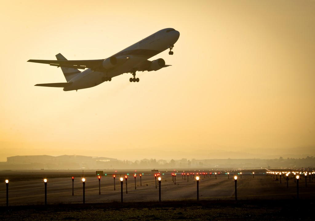A plane takes off from Ben Gurion International Airport. Photo by Moshe Shai/FLASH90