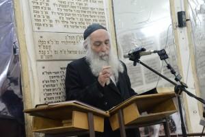 Rabbi Chaim Shlomo Lebowitz Rosh Yeshiva Ponevez at his first Shiur of this Zman in Yeshivas Ponevez