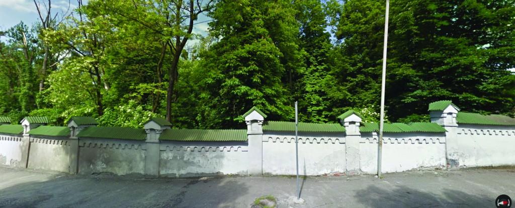 A view of the new Jewish cemetery from Yeroshenka Street. (Google Maps)
