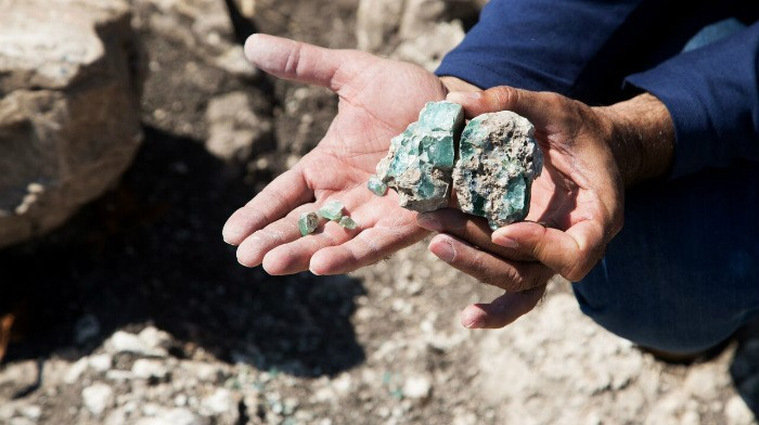 One of the glass chunks found in the area. (Shmuel Magal, courtesy of Israel Antiquities Authority.)