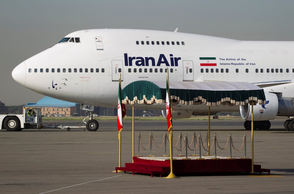 EDITORS' NOTE: Reuters and other foreign media are subject to Iranian restrictions on their ability to film or take pictures in Tehran.FILE PHOTO: A IranAir Boeing 747SP aircraft is pictured before leaving Tehran's Mehrabad airport September 19, 2011. REUTERS/Morteza Nikoubazl/File photo