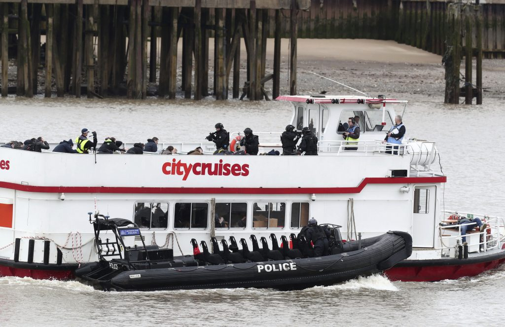U.K. Police Simulate Thames Hijacking in Anti-Terror Exercise