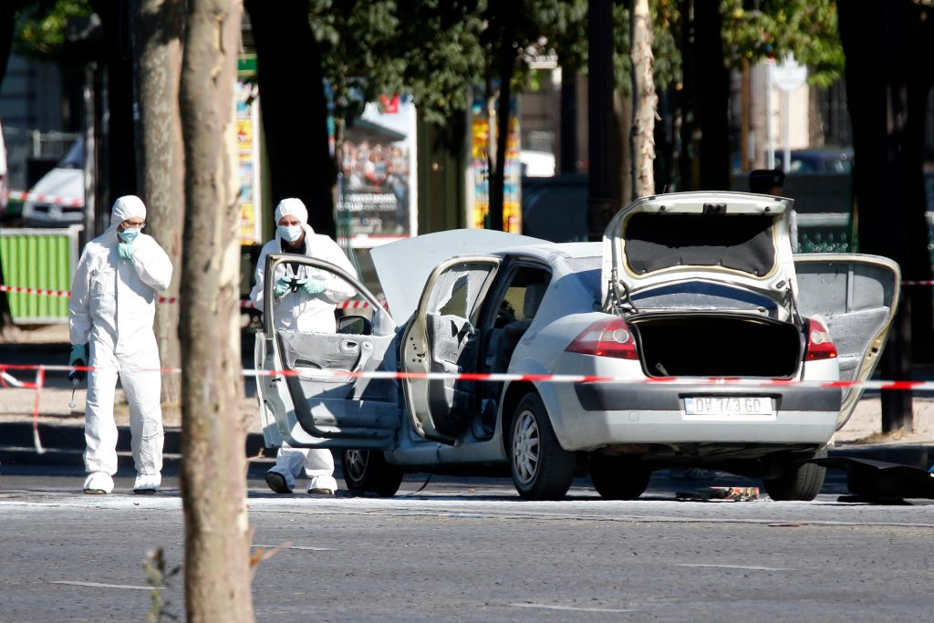 Champs Elysees incident appears deliberate act: French interior ministry