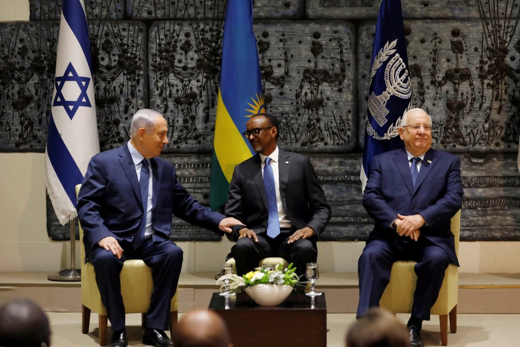 Netanyahu, Rivlin hold rare joint greeting for President Kagame in Jerusalem