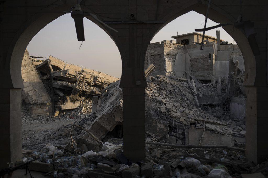 Huge Civilian Casualties In Trump's War On ISIS