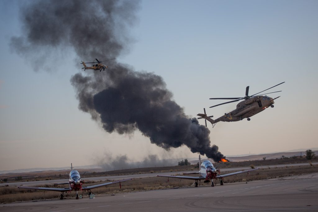 Helicopter crash unrelated to earlier fault that grounded Apache fleet - IDF