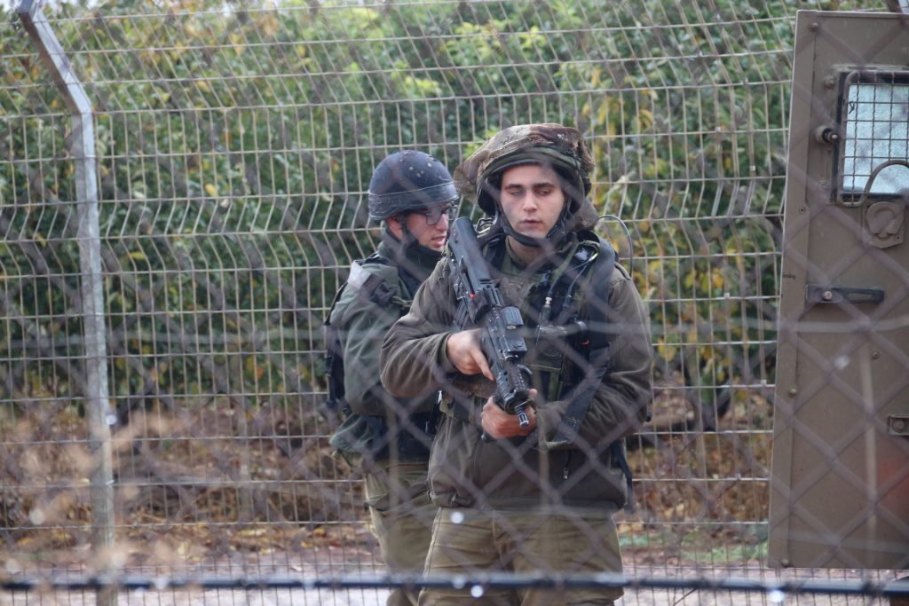 Senior Israeli official dismisses Lebanese army border warning