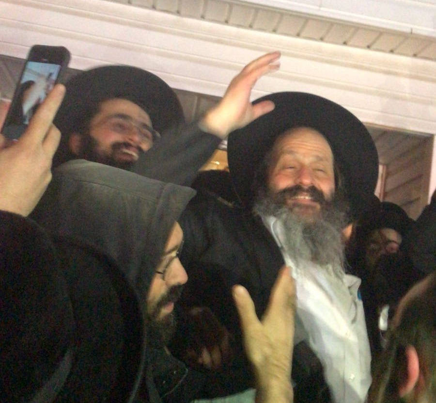 Chabadniks Rejoice as Trump Commutes Sentence of Sholom Rubashkin