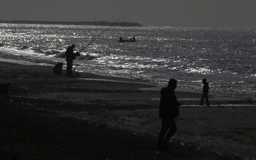 Egyptian fire kills Palestinian at sea: Gaza Health Ministry