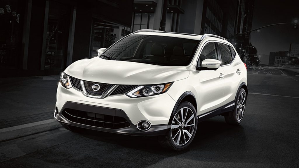 auto review nissan adds smaller rogue sport model to crossover lineup jewish news israel. Black Bedroom Furniture Sets. Home Design Ideas