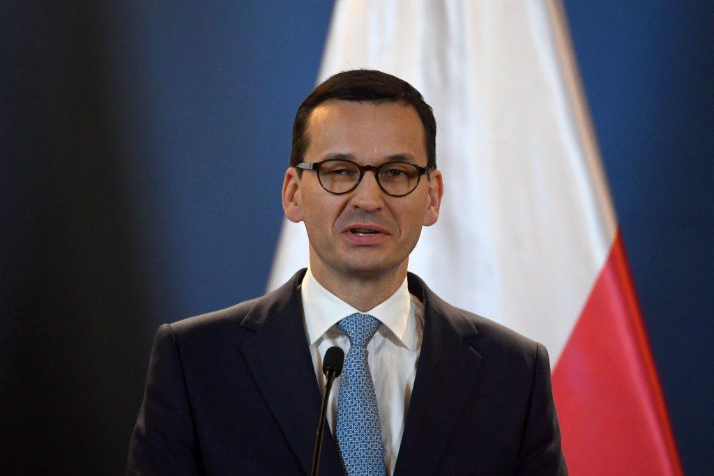 Polish president apologises to Jews over 1968 persecution