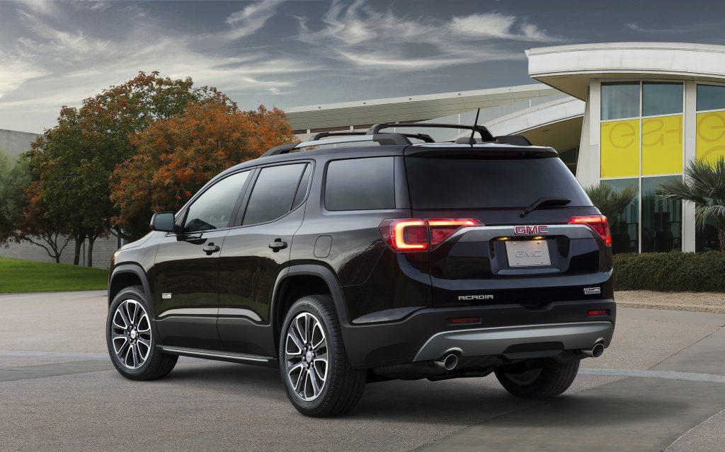 auto review gmc s 2018 acadia crossover offers all. Black Bedroom Furniture Sets. Home Design Ideas