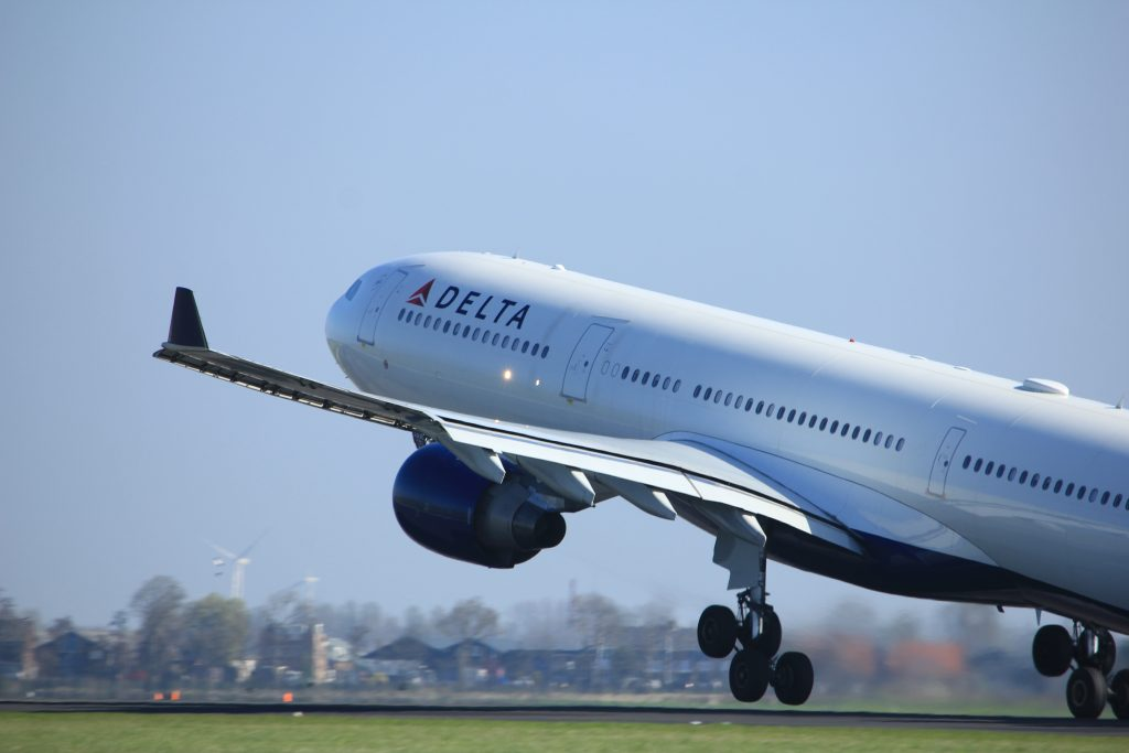 Delta Profits Down in Q1