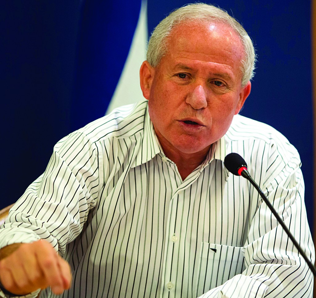 Israel's Home Front Minister Avi Dichter. (Flash90)