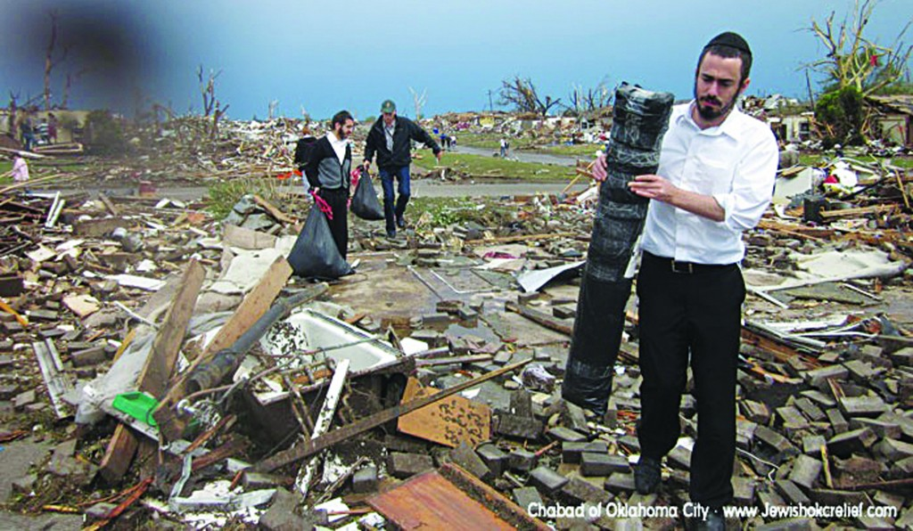 Bachurim helping out with relief efforts in Moore.(Chabad of Oklahoma City )