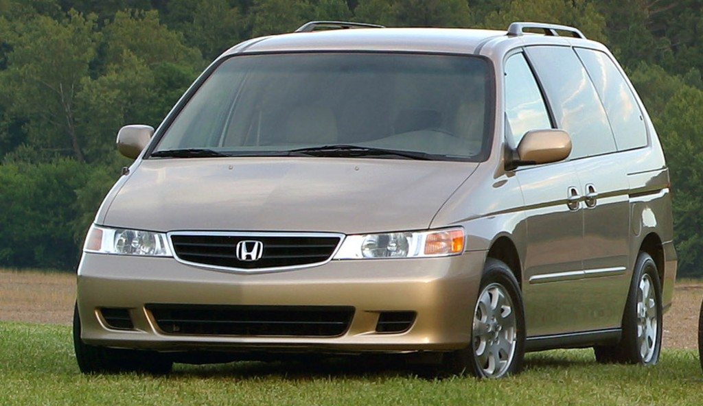 A 2003 Honda Odyssey is shown in an undated Honda Motor Company file photo. (AP Photo/Honda Motor Company, File)
