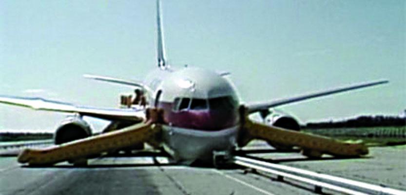 Flight 143 after landing at Gimli, Manitoba.