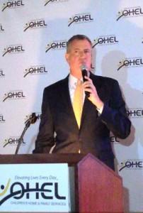 Mayor-elect Bill de Blasio speaking. (Jacob Kornbluh/Shimon Gifter)