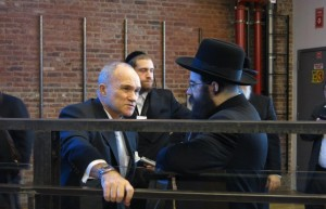 Hamodia reporter Yochonon Donn interviewing Police Commissioner Ray Kelly. (JDN)