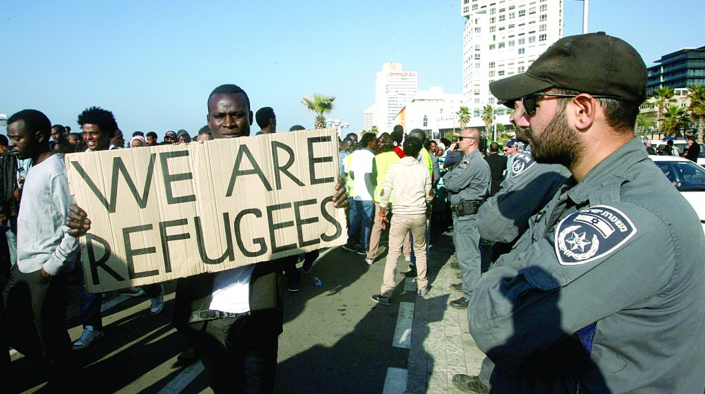 African asylum seekers protest outside the U.S. embassy in Tel Aviv on Monday. (Roni Schutzer/Flash90)