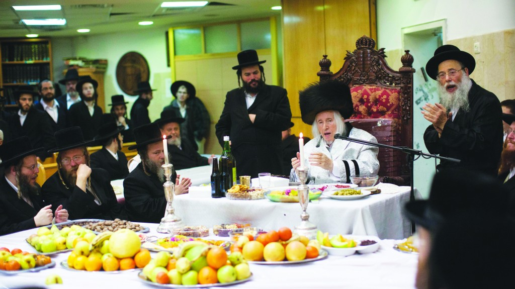 The Kaliver Rebbe of Eretz Yisrael conducts a tisch in honor of Tu BiShvat in Yerushalayim. (Yonatan Sindel/Flash90)