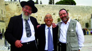Rabbi Schuster with fellow kiruv workers: Jeff Seidel (center) and  Moshe Mendlowitz (right).