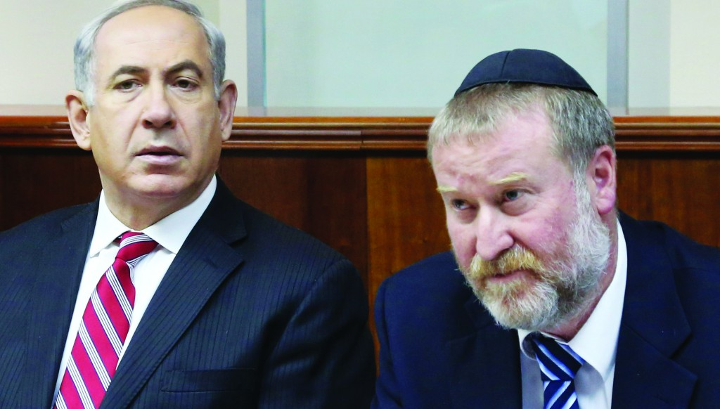 Israel's Prime Minister Binyamin Netanyahu (L) and cabinet secretary Avichai Mandelblit. (Marc Israel Sellem/POOL/FLASH90)