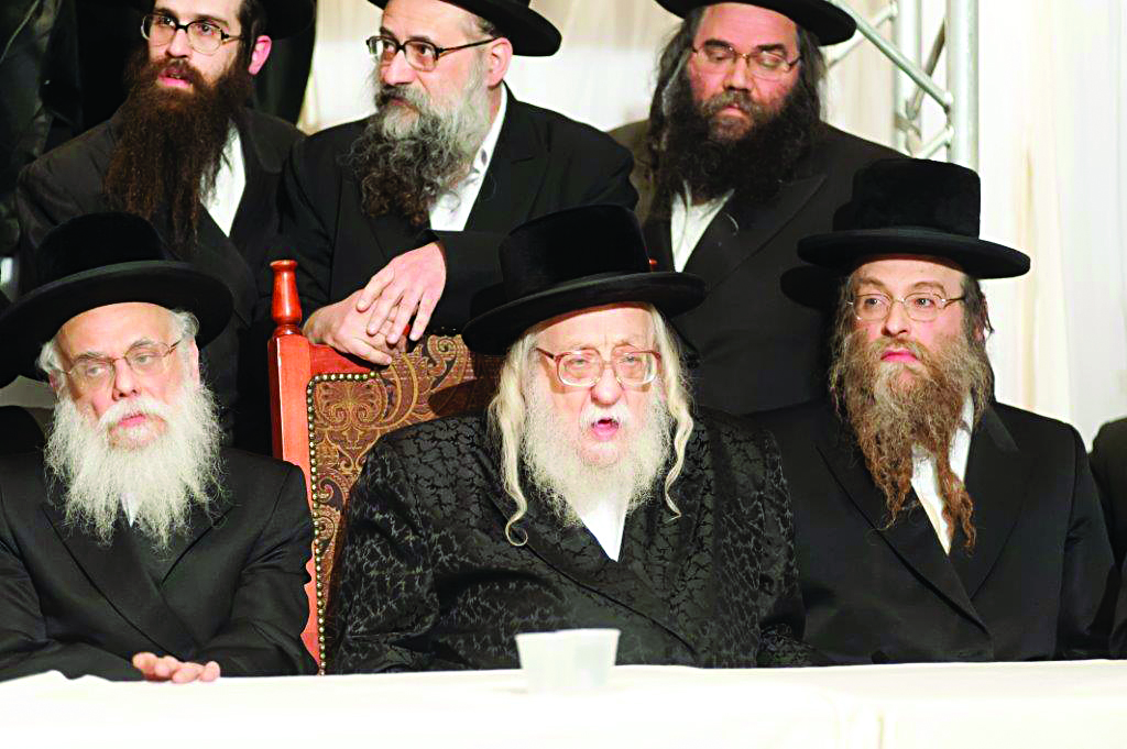 L-R: Harav Chaim Yaakov Tauber, Bobover Dayan; The Rachmastrivka Rebbe; and the Kossover Rebbe.