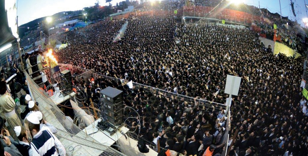 Myriads gathered to celebrate and to pour out their hearts in tefilah in Meron on Sunday, Lag BaOmer.(Moshe Goldstein/JDN)