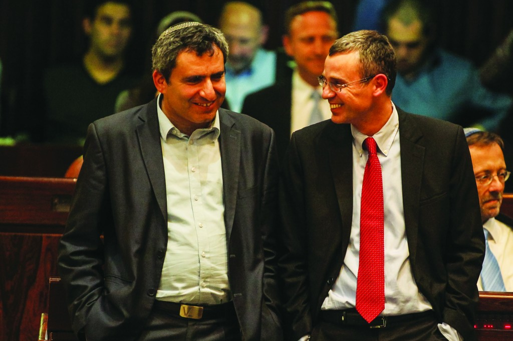MKs Yariv Levin (R) and Deputy Foreign Minister Zeev Elkin (L) have been designated rotating chairmen of the Foreign Affairs and Defense Committee. (Flash90)