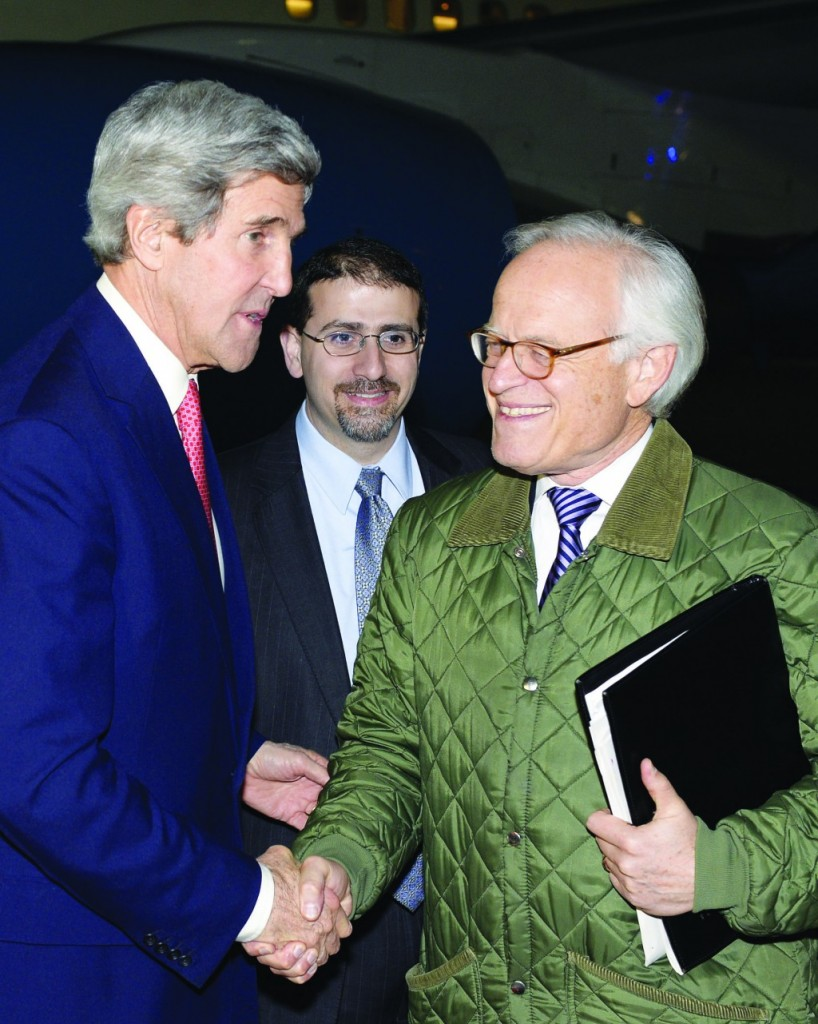 Secretary of State John Kerry (L) with Special Envoy for Israeli-Palestinian Negotiations Martin Indyk at Ben Gurion Airport in January.  (Matty Stern/US Embassy Tel Aviv/Flash90)