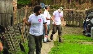 Members of Israeli NGOs Lev Ehad and IsrAid join other volunteers in Krupanj, Bosnia, in cleaning up. Itay Milner, representative of the Israeli Embassy in Serbia, expressed his support by visiting Krupanj.