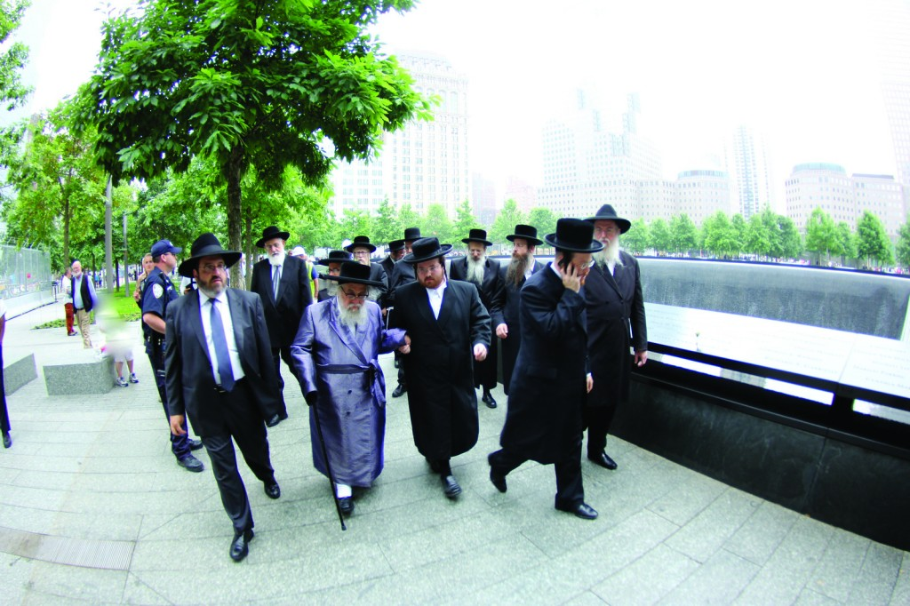 A delegation of Rabbanim visiting the 9/11 memorial museum last Thursday, which culminated in a psak permitting Kohanim to enter the site. (JDN)