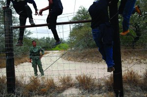 People are taken into custody by the U.S. Border Patrol near Falfurrias, Texas in this file photo taken March 29, 2013. (REUTERS/Eric Thayer/Files)