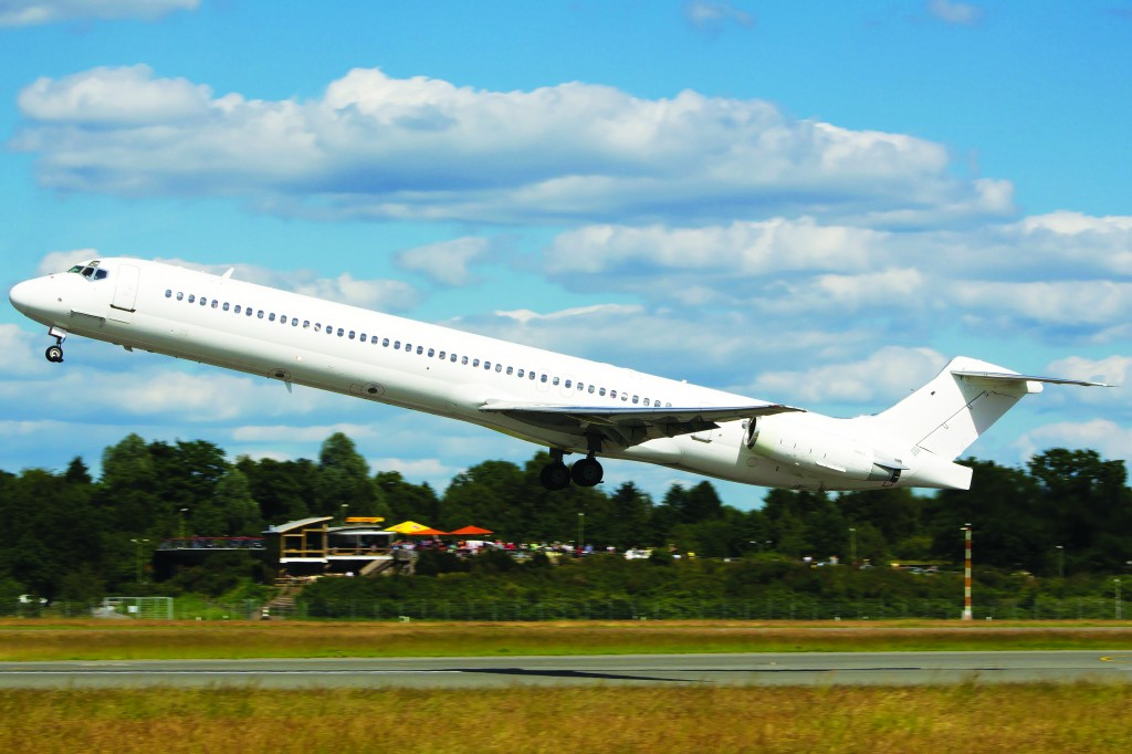 The Swiftair MD-83 airplane, which crashed on July 24, is seen taking off from Hamburg airport June 15, 2014. ( REUTERS/Lennart Boettcher)