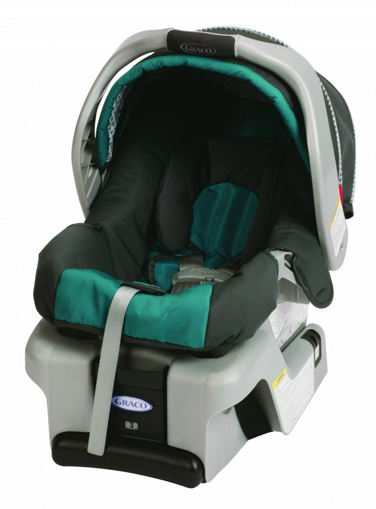 A SnugRide Classic Connect infant car seat.  (AP Photo/Graco Children's Products)