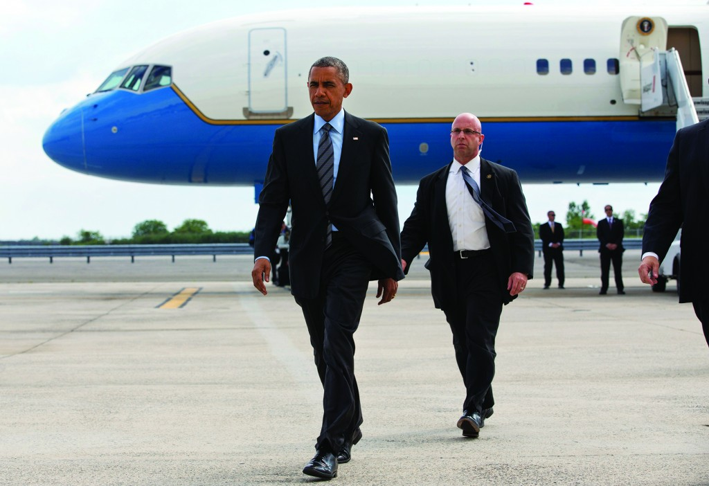 Back in New York — for the Money: President Barack Obama on Thursday walks away from Air Force One after arriving at JFK for a pair of fundraisers. (AP Photo/Jacquelyn Martin)