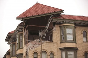 Damage to a downtown building is seen after an earthquake in Napa, California. (REUTERS/Stephen Lam)