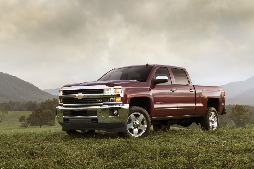 The 2015 Chevrolet Silverado 2500 features an all-new exterior designed to reduce wind noise and enhance powertrain cooling for more consistent performance. (John Roe/Chevrolet/MCT)