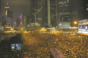 Tens of thousands of democracy protesters cheer during speeches on October 4 in Hong Kong.  (Paula Bronstein/Getty Images)