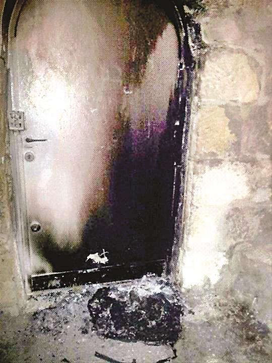 The door leading to the ma'arah of Gur on Har Hazeisim.